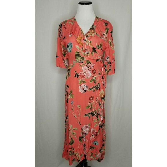 lola Dresses & Skirts - Lola Made In Italy Coral Ruffled Floral Wrap Dress